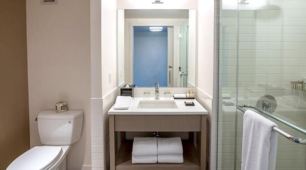 Earth-Hotel-Bathroom-2